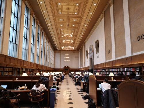 哥倫比亞大學巴特勒圖書館內景1.jpg